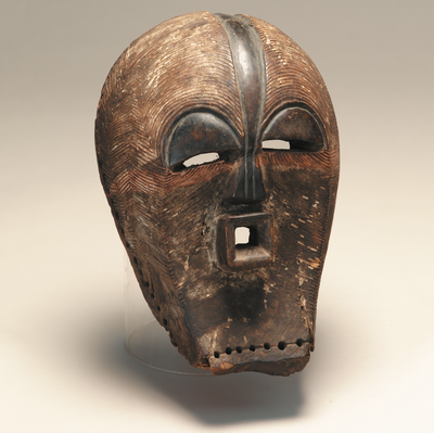 Songye. CRD. Kifwebe (Mask). Undated. Wood, pigment. Standard Bank African Art Collection (Wits Art Museum)