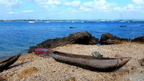 Fishing Oyester Bay Dar es Salaam Tanzania2.jpg