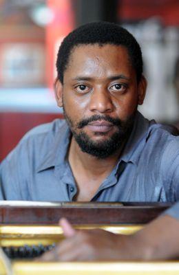 2012 SBYA for Jazz - Afrika Mkhize pic by Suzy Bernstein.jpg