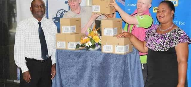 Standard Bank donates to Albino.jpg